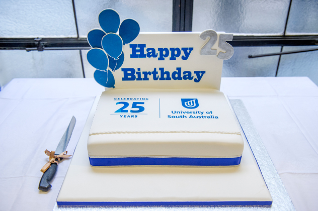UniSA 25th Birthday cake