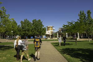 Image of students in the GP Courtyard at Mawson Lakes Campus