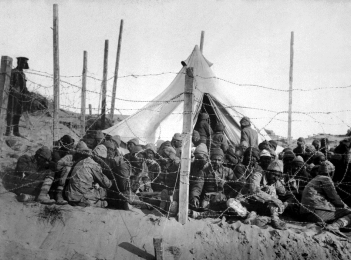 Turkish soldiers captured at Gallipoli
