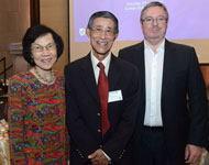 University fellow Dr Chew Kia Ngee FUniSA and Mrs Gek Chew