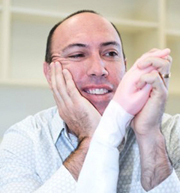 Professor Lorimer Moseley