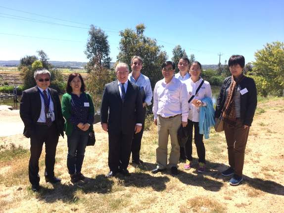 Visitors from Shanghai Hydrology Bureau report