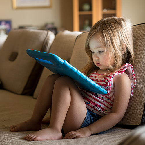 screen child_shutterstock_696178408_web.jpg